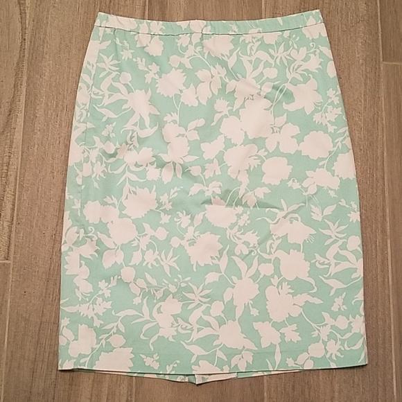 JG Hook Dresses & Skirts - JG Hook Floral Pencil Skirt